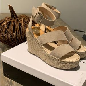 Dolce Vita Shayla wedged natural suede color